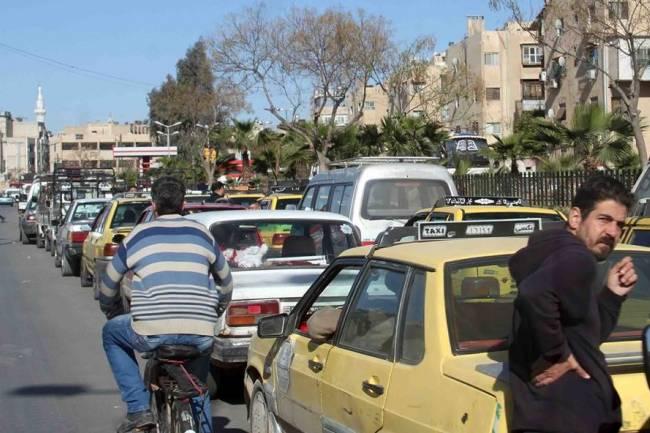 الدباس : محافظة دمشق تضع محطتي بنزين متنقلتين  في الخدمة لتخفيف الضغط