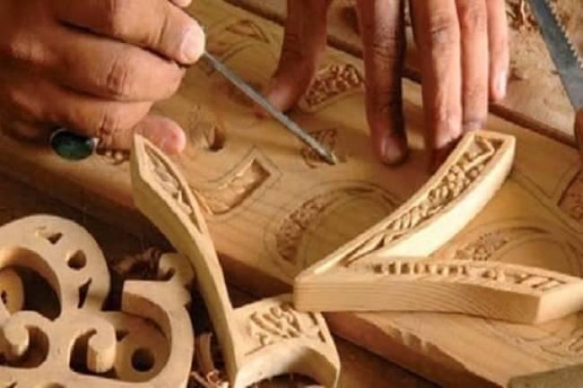 تعتزم انشاء مركزمتطور للتدريب على الحرف .. غرفة تجارة ريف دمشق تقف في وجه اندثار الصناعات اليدوية والتراثية