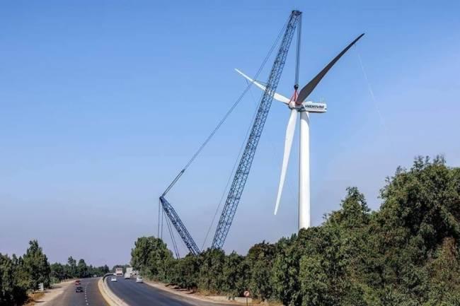 تصنيع وتركيب أول عنفة رياح لتوليد الطاقة الكهربائية في سورية وبدء إنتاج الكهرباء بعد 15 يوم