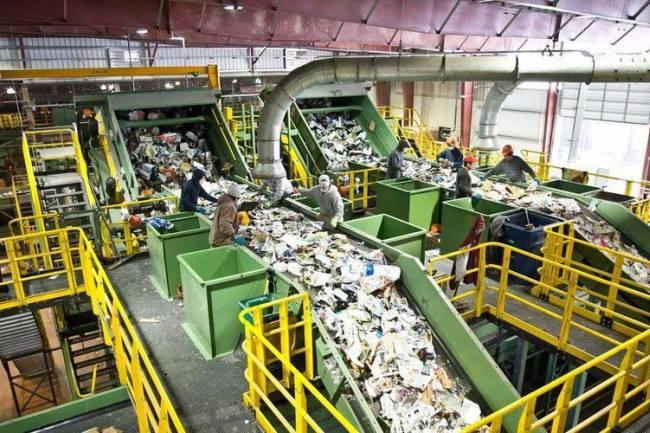 """الأول من نوعه في الشرق الأوسط.. معمل """"لتدوير النفايات الصلبة"""" في السويداء بنظام BOT كلفته 20 مليار ليرة"""