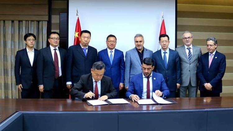 بحضور حمشو والسفير الصيني توقيع مذكرة تفاهم لدراسة إنشاء ضواحي سكنية ومشاريع كبرى بعدة مجالات