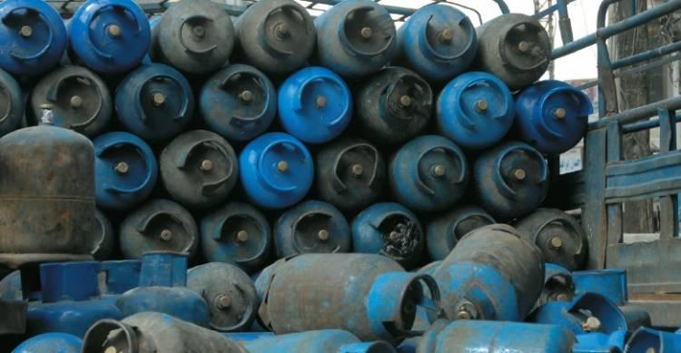 السورية للتجارة تسير سيارات لبيع اسطوانات الغاز المنزلي بعدد من أحياء دمشق بدءاً من اليوم